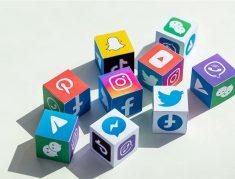 Social-media-Story-telling-Global-Unzip